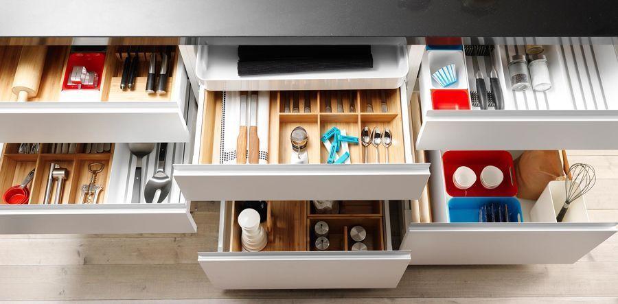 6 trucos geniales de almacenamiento para no convertir tu - Botes almacenaje cocina ...