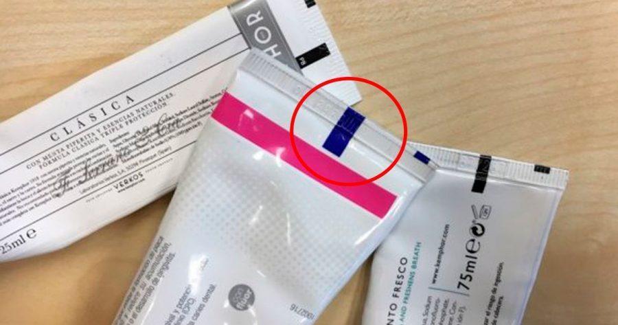 ¿Para qué sirve la raya del tubo de la pasta de dientes?
