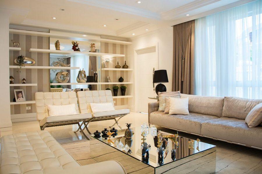 elementos-basicos-decoracion-diseno-interior sala estar sofa estanteria