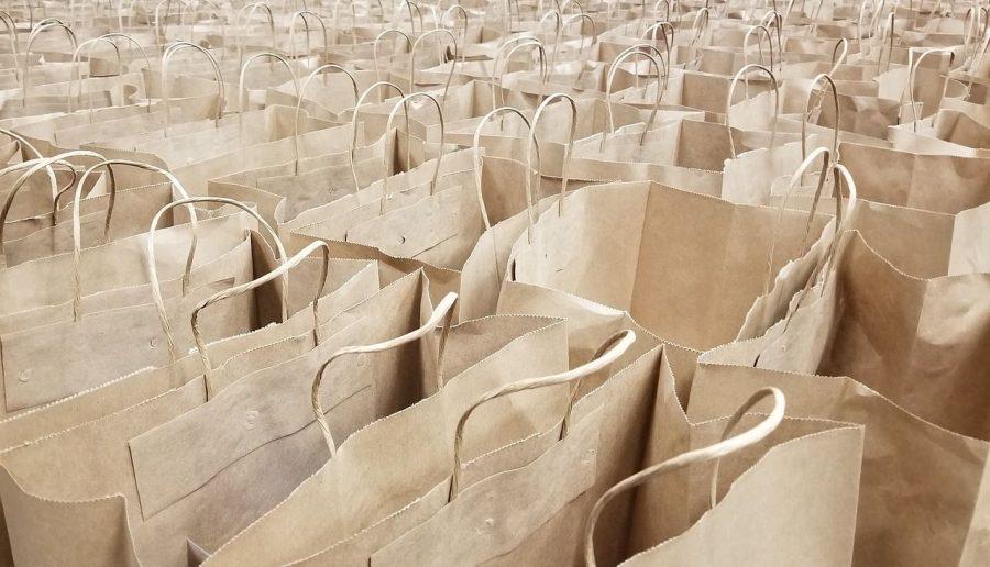 Por qué contar con bolsas de papel estándar y personalizadas