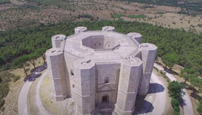Castel del Monte, la atracción de Apulia y Bari