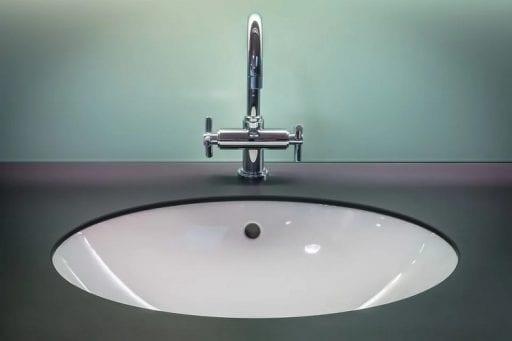 Trucos para mejorar la decoracion en el bano y la cocina